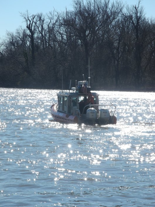 Coast Guard boat sails up the Potomac
